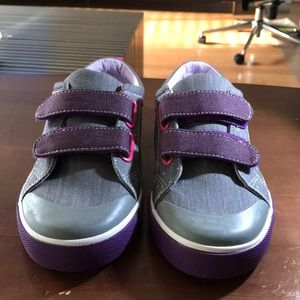 Other - Kai never worn sneakers